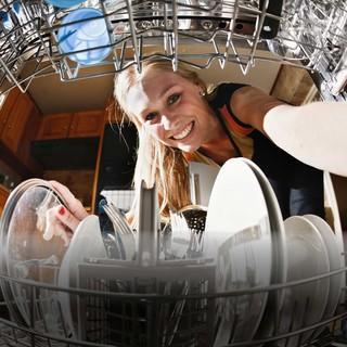 Blick aus der Spülmaschine, Foto: RadpidEye/istockphoto.com