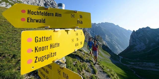 Wo geht's hin am Wochenende - ins Felsenreich oder ins Almgelände? Foto: Wolfgang Ehn