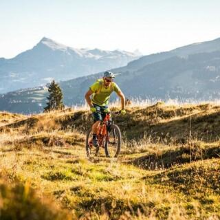 Mountainbiking in den Alpen, Foto: Mathäus Gartner