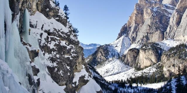 Wer entdeckt die Kletterinnen? Foto: Dörte Pietron