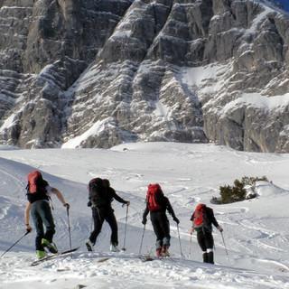 Winter im Bergsteigerdorf Ramsau: Skitour auf die Hochalm (Foto: Fritz Rasp)