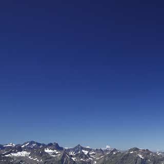 Auf dem 3000 Meter hohen Hochreichkopf - Im Hintergrund die nördlichen Ötztaler Alpen, Foto: Mark Zahel