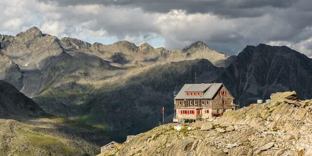 2020 war eine sehr durchwachsene Saison für die Wirtsleute vieler Alpenvereinshütten. Foto: DAV/Christof Ursch