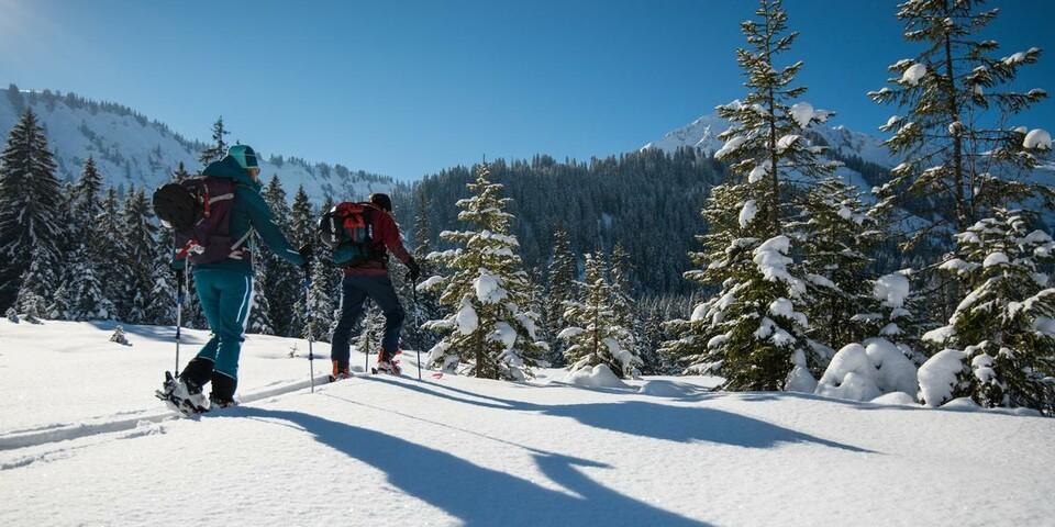 Einsame Ecken sind auch im Winter nur noch selten zu finden. Foto: DAV/Daniel Hug
