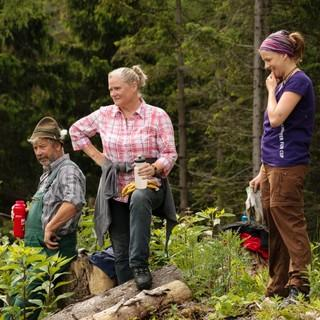 Aktion Schutzwald - Wer so hart arbeitet, hat sich eine Pause verdient, Foto: DAV/Arvid Uhlig