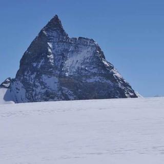 Immer wieder gern gesehen: Und immer grüßt das Matterhorn. Foto: Stefan Herbke