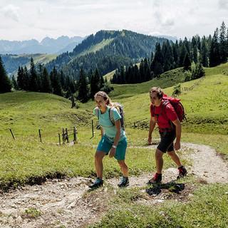 Naturverträglich einen Berg besteigen - manchmal garnicht so einfach! Foto: DAV/Hans Herbig