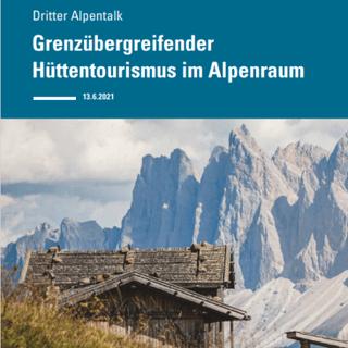 """Titelseite Broschüre """"Grenzübergreifender Hüttentourismus im Alpenraum"""", Foto: HSS"""