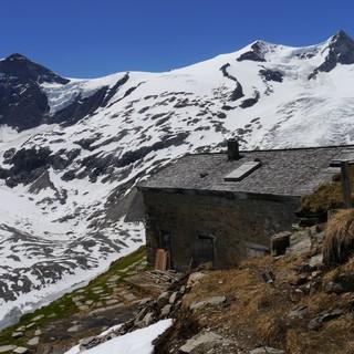 Bergkulisse Alte Prager Hütte