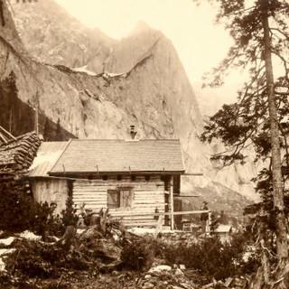 Höllentalangerhuette 1910 Fotograf Bernhard Johannes c DAV Archiv Haus des Alpinismus klein