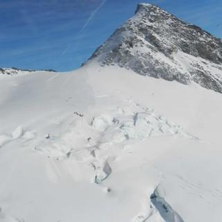 Noch sind die Gletscher in den Alpen reichlich eingeschneit, Foto: Österreichische Alpinpolizei