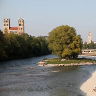 Die Isar fließt mitten durch München, Foto: Nagy / Presseamt München