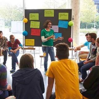 Diskussionen im Forum, Foto: JDAV/Ben Spengler