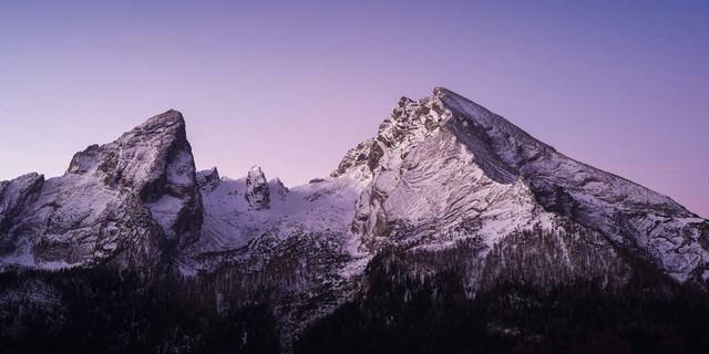 "Titelbild des DAV-Kalenders ""Welt der Berge"""