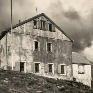 Das alte Hannoverhaus 1929, Foto: DAV/Archiv