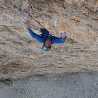 Dario Haselwarter klettert die Camillotto Pellisier. Foto: DAV / ?