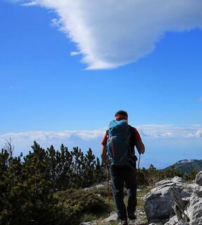 In einiger Ferne zeichnen sich die höchsten Velebit-Gipfel um Zavižan ab. Foto: Silvia Schmid