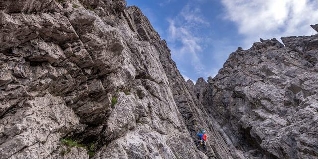 """""""Plattenzauber"""" erinnert an eine südfranzösische Plaisirtour, verlegt in die Lechtaler Alpen."""