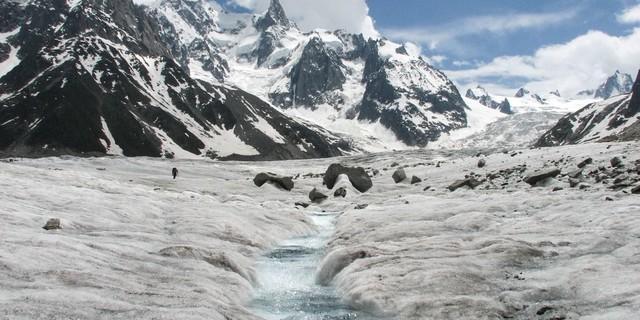 005 Mer de Glace Mont Blanc 2 HIPP