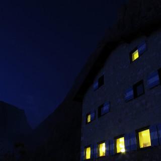 Wanderer - auf Alpenvereinshuetten gern gesehen!