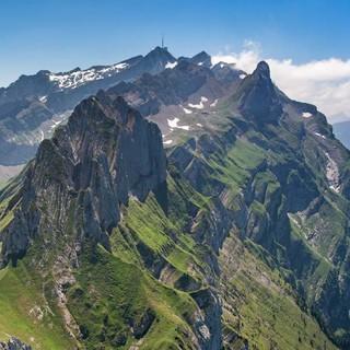 """DAV-Kalender """"Welt der Berge"""" 2018"""