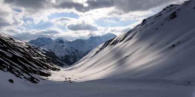 Blick durchs Pfluntal zurück nach Osten, Foto: Wolfgang Ehn