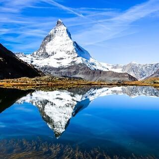 Wohl der bekannteste Gipfel der Schweiz: das Matterhorn. Foto: Pixabay/Christophe Schindler