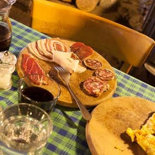Leckere Antipasti gehören in Crampiolo wie im gesamten Piemont auf den Tisch. Foto: Powerpress.ch