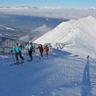 Skitouren-auf-Pisten-Aufstiegsspur