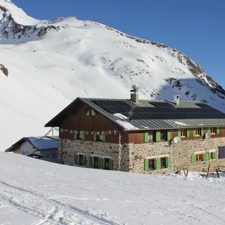 Pforzheimer Hütte im Winter