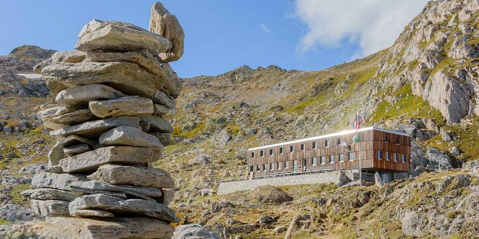 Die Capanna Cristallina ist ein Beispiel für die moderne Schweizer Hüttenarchitektur. Foto: Folkert Lenz