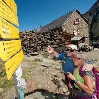 Ohne die Benennung von Gipfeln und Wegen wäre die Orientierung in den Bergen schwierig. Foto: DAV/Thilo Brunner