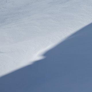 Aufstieg zur Elferspitze - Licht und Schatten: Mit den Liften aus dem Rojental ist die Elfer-Tour nicht lang.