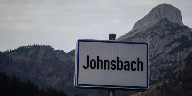 Ortseingang Johnsbach: Für den Admonter Reichenstein, rechts oben, reicht es heute nicht mehr. Foto: Axel Klemmer