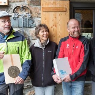 Die ausgezeichnete Sektion und Wirtsleute der Winnebachseehütte, Foto: DAV/Oliver Guse