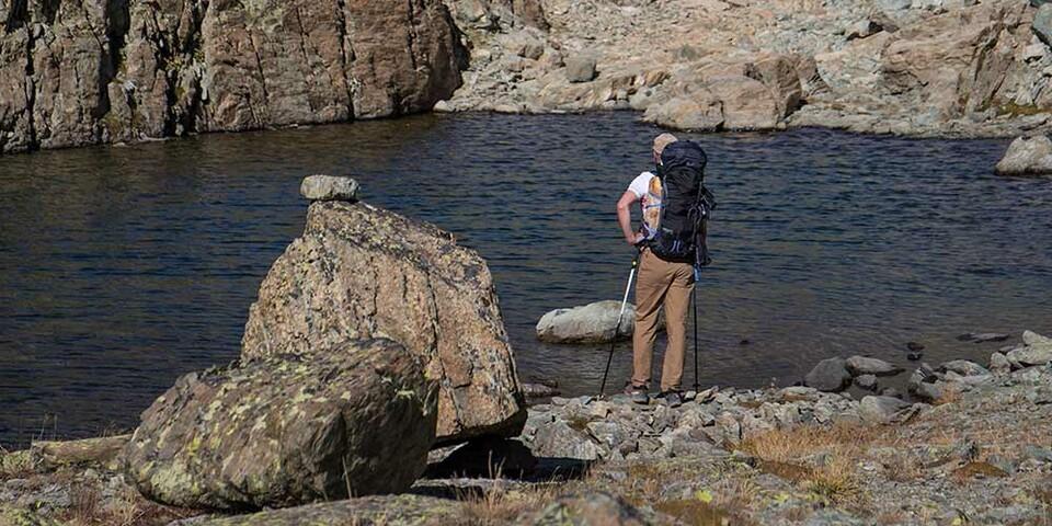 Pack die Badehose ein. Oder auch nicht, denn die Seen südlich des Monviso sind eiskalt. Foto: Stefan Neuhauser