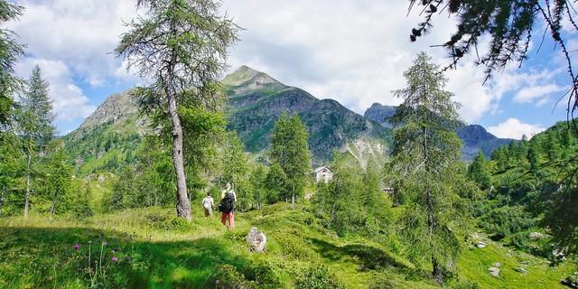 """Im Aufstieg von Carona zum """"Hochplateau der Seen"""", kurz vor dem Rifugio Laghi Gemelli. Foto: Joachim Chwaszcza"""