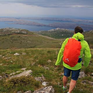 Blick auf die Inseln Pag und Rab während der Etappe von Baške Oštarje nach Alan. Foto: Silvia Schmid