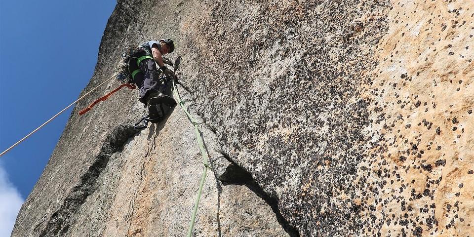 Fabian bei einem langen Link-up im Val di Mello. Foto: Fritz Miller
