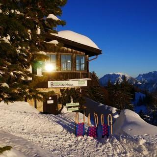 Das Brünnsteinhaus hat auch im Winter geöffnet, Foto: Yvonne Tremmel