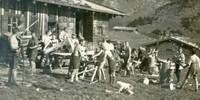 Arbeitskommando der Sektion Neuland bei der Valep-Alm, 1920er Jahre. Archiv des DAV, München