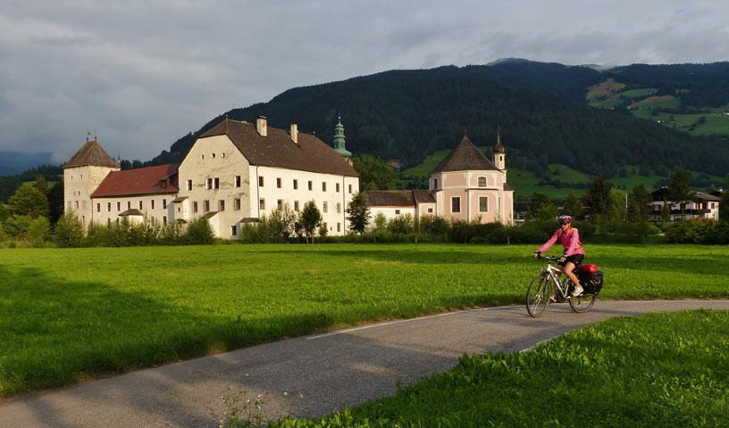 Sterzing - Willkommen in Südtirol – nach sausender Abfahrt vom Brenner nach Sterzing.