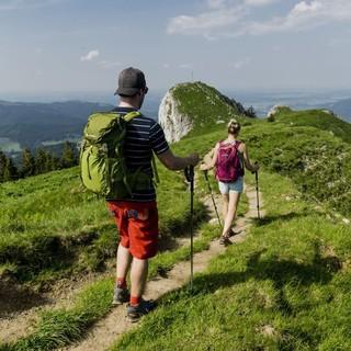 Fernwanderwege - auch bei jungen Menschen immer beliebter. Foto: DAV/Hans Herbig
