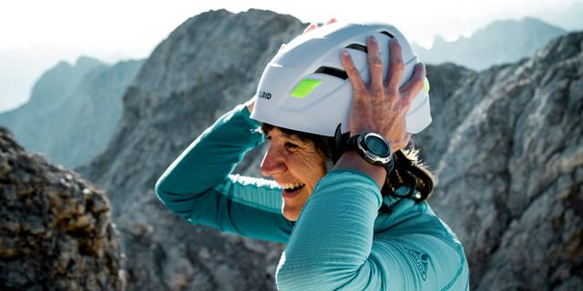 Schon mal wichtig: Der Helm sitzt. Foto: DAV/Hans Herbig