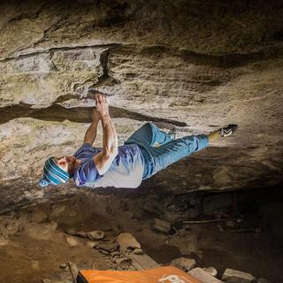 In seiner Freizeit klettert Ingo Filzwieser lieber am Fels als in der Halle. Foto: Instagram @alicelunner