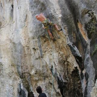 "Klettern im Sektor ""Red up"", Foto: Christine Kopp"