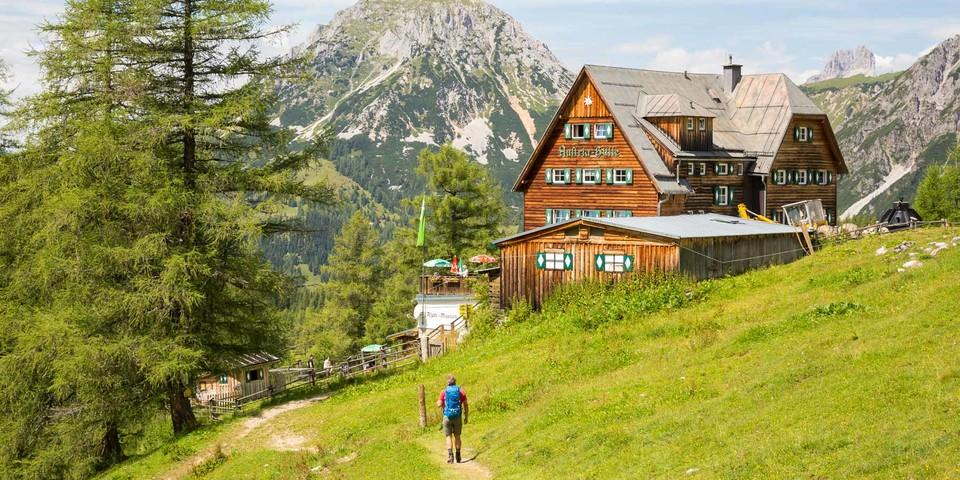 """Wieder im Gleis: An der Austriahütte geht die """"normale"""" Rundtour weiter. Foto: Iris Kürschner"""