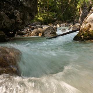 Die Ramsauer Ache im Zauberwald. Foto: T.Hipp