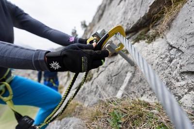 Klettersteigset Dav : Klettersteig tegelberg fingersteig dav füssen