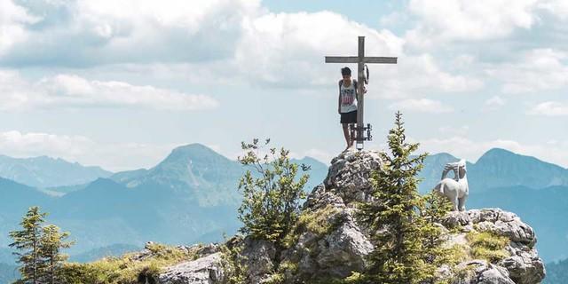 DAV-ALM-Fluechtlingsprojekt-Brauneck-Bergtour-(2)